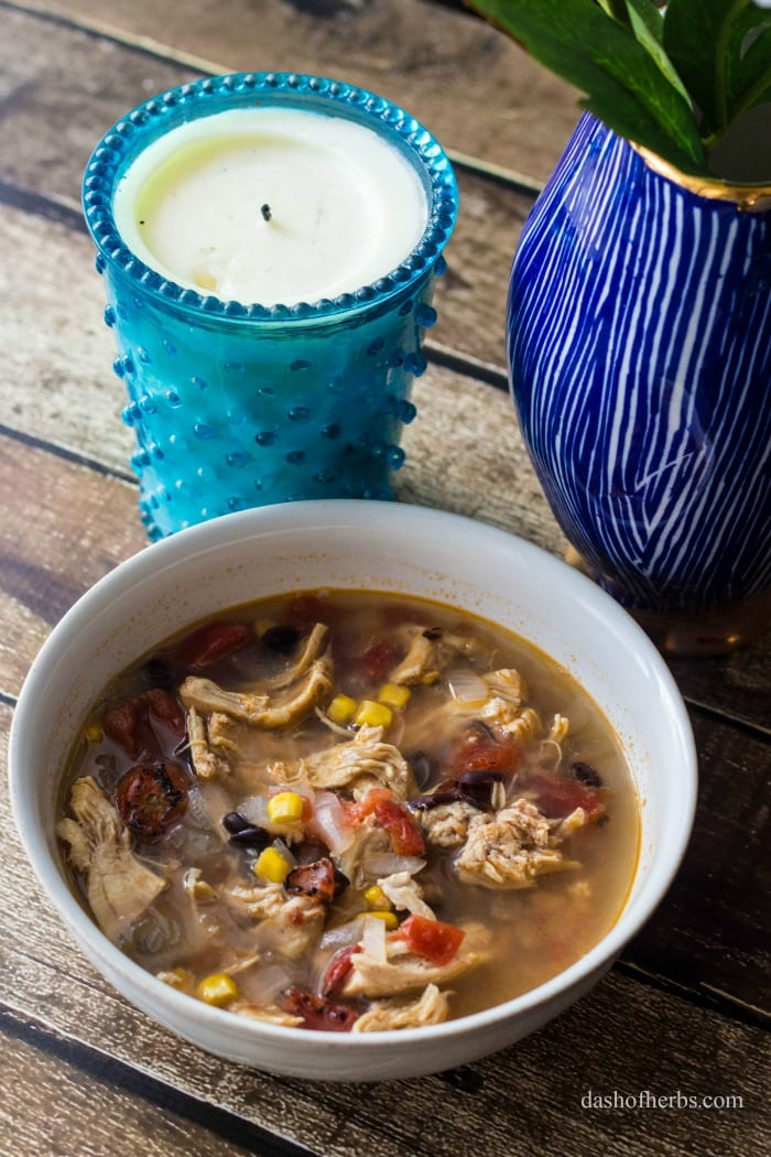 Interested in an easy dinner idea? This chicken tortilla soup recipe is so easy and only uses 1 pot.