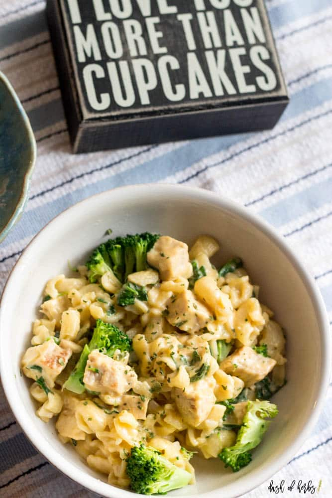 Healthy Macaroni and Cheese with Broccoli